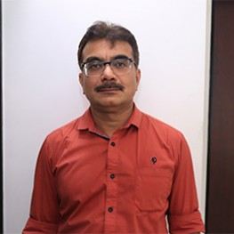 Dr Manish Raval - Vascular Surgeon Ahmedabad