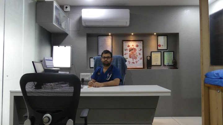 Dr Vatsal Mehta