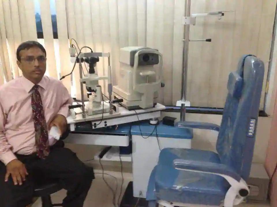Dr. Rajesh Shah - Eye Surgeon in Ahmedabad